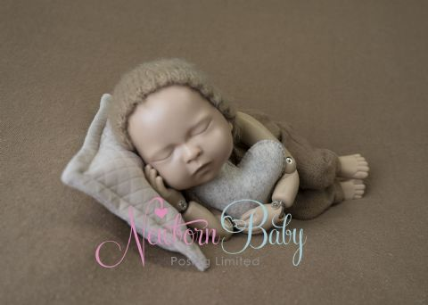NEWBORN BABY PHOTOGRAPHY DELUXE STARTER PACK~ NO FRAME NEUTRALS  (with  online training video)